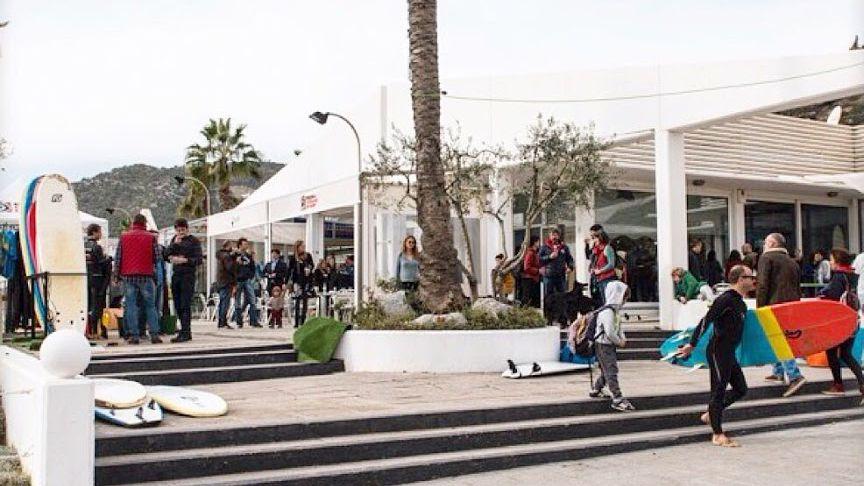 Nova escola de surf a Castelldefels