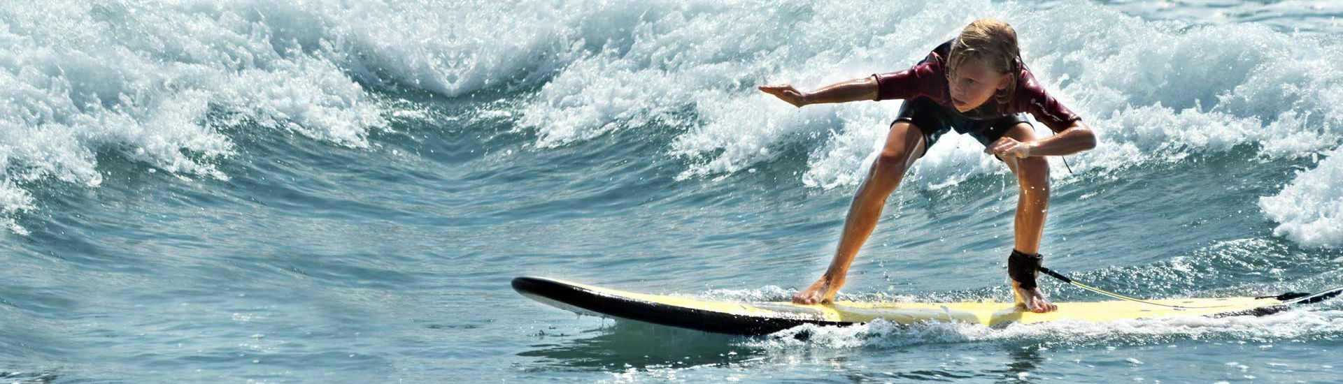 Advanced surf coaching for children